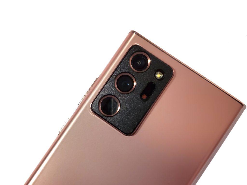 Galaxy Note20 Ultraにカメラプロテクターを装着!